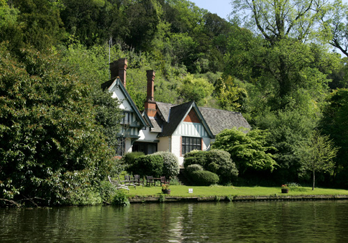 Spring Cottage Cliveden - History on the Riverbanks